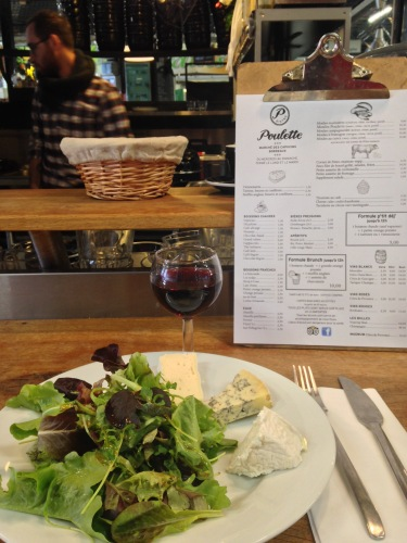 For 7,50euro, I received cheese tapas with a side salad and glass of Bordeaux form the Marche