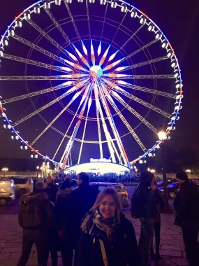 The ferris wheel in Place de la Concorde.